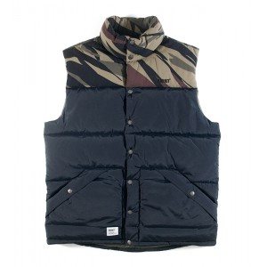 Жилет Addict Mountain Vest Black/Bush